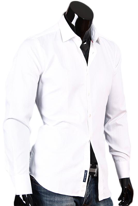 Белая приталенная сорочка с классическим воротником