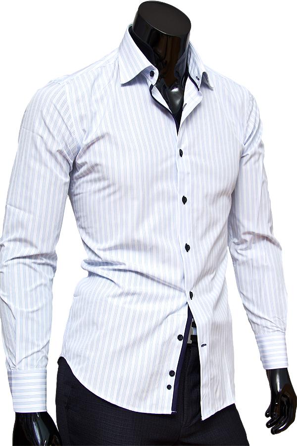 Белая приталенная сорочка в голубую полоску